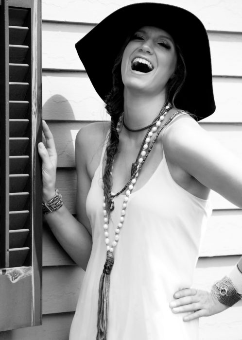 Ania Hammar: Powerhouse Singer